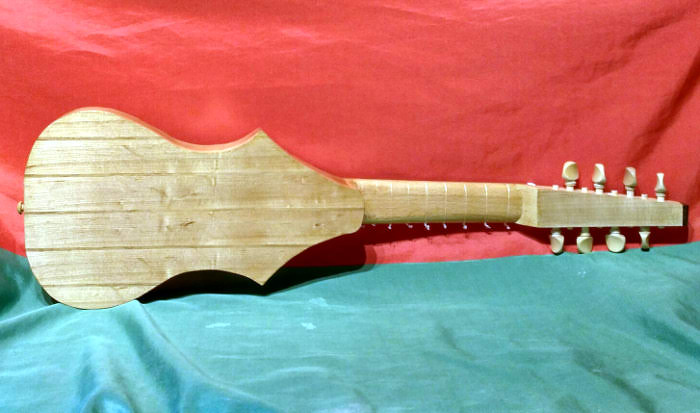Back view of 8 string, 4 course version.