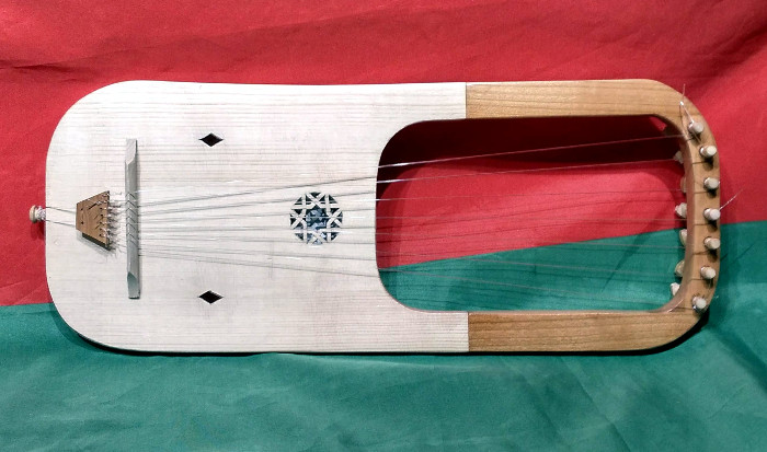 Anglo-Saxon Lyre - Instrument by Jo Dusepo