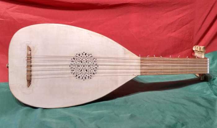 Early Renaissance Lute - Instrument by Jo Dusepo