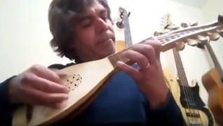 Paolo Cabral, Porto, Portugal - Oud arbi/Early medieval lute hybrid